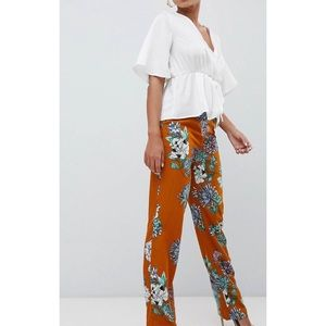 Missguided Floral Wide Leg pants